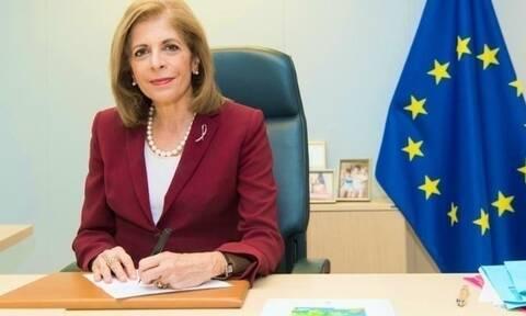 Στην Αθήνα η Επίτροπος Υγείας της ΕΕ, Στέλλα Κυριακίδου - Συναντήσεις με Μητσοτάκη και Κικίλια