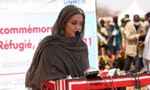 Μπουρκίνα Φάσο: Η Αντζελίνα Τζολί επισκέφθηκε καταυλισμό προσφύγων