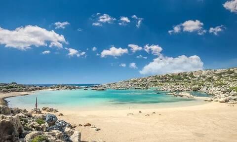 Έρωτας με την πρώτη βουτιά: Έχεις πάει στην πιο εντυπωσιακή θάλασσα της Ελλάδος;