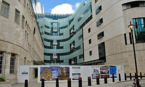 Απίστευτη γκάφα BBC: Ζήτησε καλεσμένο τον Γκόρντον Μπανκς - Είναι νεκρός εδώ και δυο χρόνια