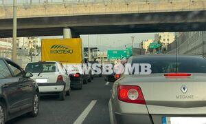 Κίνηση ΤΩΡΑ: Μποτιλιάρισμα σε  Αττική Οδό και Αθηνών - Λαμίας – Μεγάλες Καθυστερήσεις