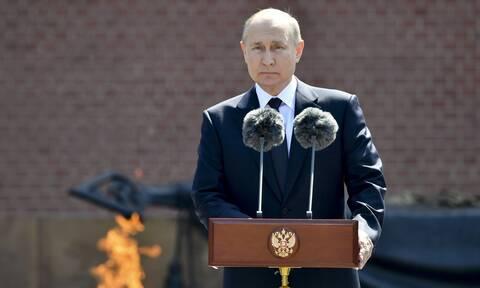 Πούτιν: Ψυχροπολεμικό απομεινάρι το ΝΑΤΟ,  αυξάνει τις εντάσεις στην Ευρώπη