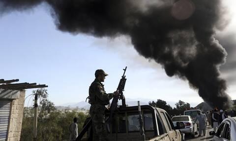 Αφγανιστάν: Συνεχίζεται η επίθεση των Ταλιμπάν- Έλεγξαν οδικό άξονα στρατηγικής σημασίας