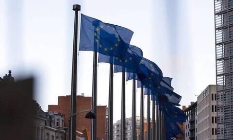 EE: «Μπλόκο» στην έναρξη της ενταξιακής διαδικασίας για Σκόπια και Αλβανία