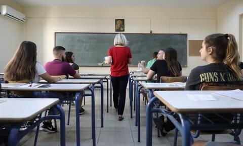 Πανελλήνιες 2021 LIVE: Σε τέσσερα μαθήματα εξετάζονται σήμερα (23/6) οι μαθητές των ΕΠΑΛ