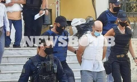 Πετράλωνα: Προθεσμία για την Παρασκευή (25/6) πήρε ο βιαστής της 50χρονης καθαρίστριας