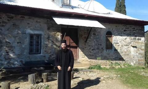 Μονή Πετράκη - Επίθεση με καυστικό υγρό: «Τους επιτέθηκα γιατί με καθαίρεσαν»