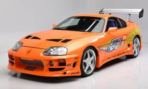 Σας θυμίζει κάτι αυτή η πορτοκαλί Toyota Supra;
