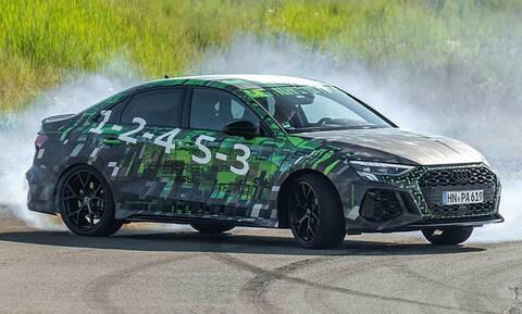 Δείτε πως ντριφτάρει το νέο Audi RS3 χάρη στο RS Torque Splitter