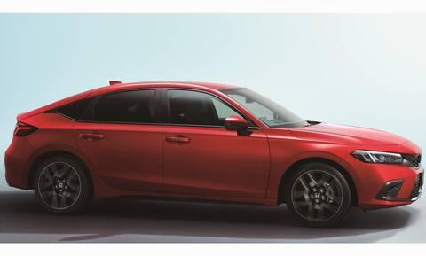 Πρεμιέρα και για το νέο πεντάθυρο Honda Civic