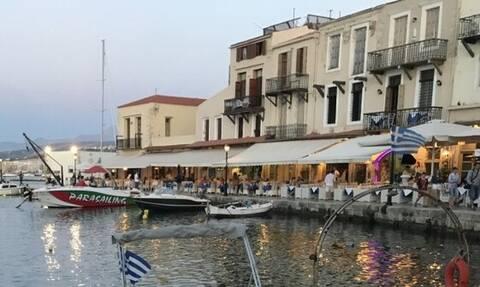 Застрявшим в Греции туристам из Украины помогут вернуться на родину