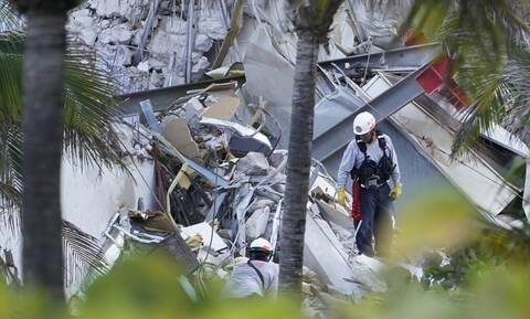 ΗΠΑ: Τραγωδία με την κατάρρευση πολυκατοικίας στo Μαϊάμι- 4 νεκροί, εκατοντάδες αγνοούμενοι
