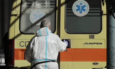 Greece registers 395 new coronavirus infections on Friday, 21 deaths; 239 in ICUs nationwide