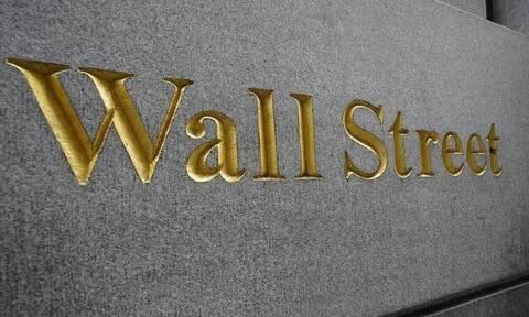 ΗΠΑ: Κλείσιμο χωρίς κατεύθυνση στη Wall Street - Νέο ρεκόρ για τον S&P 500