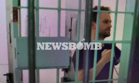 Γλυκά Νερά: Νέες φωτογραφίες του Μπάμπη Αναγνωστόπουλου μέσα από τη φυλακή