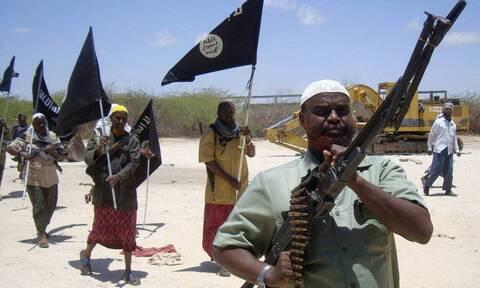 Σομαλία: 12 νεκροί σε επίθεση των ισλαμιστών Σεμπάμπ σε μια στρατιωτική βάση