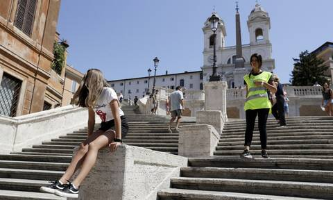 Iταλία: Τέλος οι μάσκες από σήμερα – «Λευκή ζώνη» από σήμερα ολόκληρη η χώρα