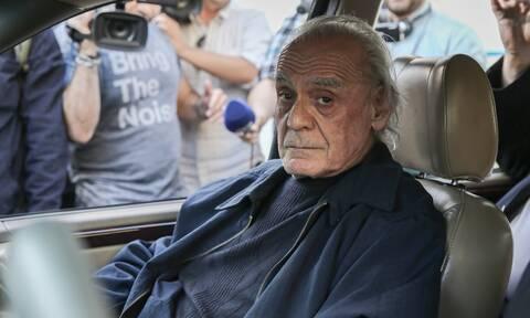 Άκης Τσοχατζόπουλος: Δύσκολες ώρες στο νοσοκομείο - Κρίσιμη η κατάσταση της υγείας του