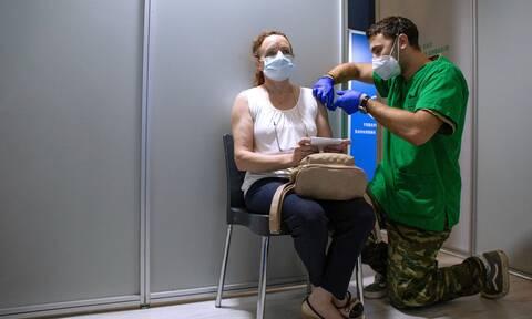 Λινού για Freedom Pass: Τα 150 ευρώ έπρεπε να δίνονται 15 ημέρες μετά τη δεύτερη δόση
