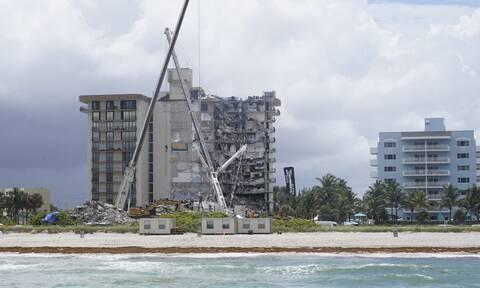 ΗΠΑ: Σβήνουν οι ελπίδες για την εύρεση επιζώντων στη Φλόριντα- Τουλάχιστον 11 οι νεκροί