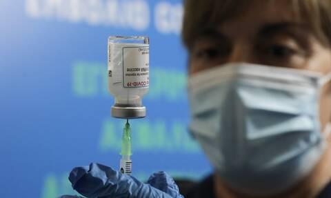 Εμβολιασμό εφήβων από 16 ετών και παιδιών με υποκείμενα νοσήματα προτείνει η Επιτροπή