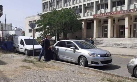 Αγρίνιο: Υπέρ του ιερέα κατέθεσε η μητέρα των κοριτσιών που τον κατηγορούν για βιασμό