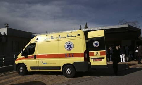 Σοβαρό τροχαίο με μετωπική σύγκρουση οχημάτων στην Κορινθία