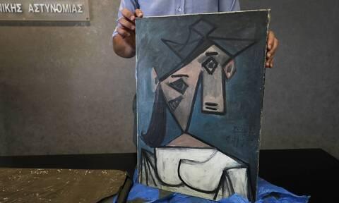 Εθνική Πινακοθήκη: Έπεσε ο πίνακας του Πικάσο στη συνέντευξη Τύπου για τα κλεμμένα έργα