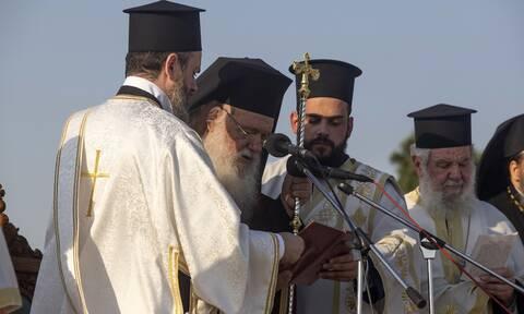 Ιερώνυμος: Να ευχηθούμε οι Απόστολοι Παύλος και Πέτρος να μας φωτίζουν όλους και τον καθένα χωριστά