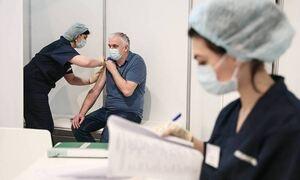 Союз пациентов просит утвердить перечень противопоказаний к прививке от коронавируса