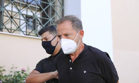 Δημήτρης Λιγνάδης: Προθεσμία να απολογηθεί για δύο νέες υποθέσεις- «Προϊόν μυθοπλασίας» λέει ο ίδιος