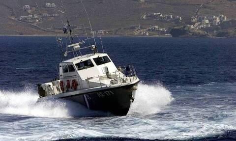 Λιμενικό Σώμα - Σενάριο πυρκαγιάς: Άσκηση απεγκλωβισμού πληθυσμού δια θαλάσσης