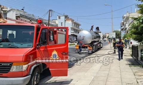 Λαμία: Συναγερμός για πυρκαγιά σε βυτιοφόρο που κουβαλούσε άσφαλτο