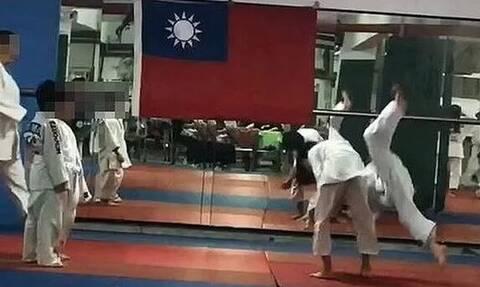 Τραγικός θάνατος για 7χρονο στην Ταϊβάν: Προπονητής ζήτησε να τον πετάξουν 27 φορές στο έδαφος