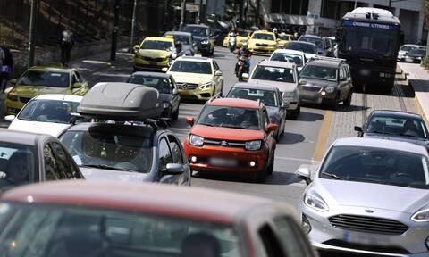 ΤΩΡΑ: Χάος στους δρόμους της Αθήνας – Απελπιστική κατάσταση σε συνδυασμό με τον καύσωνα