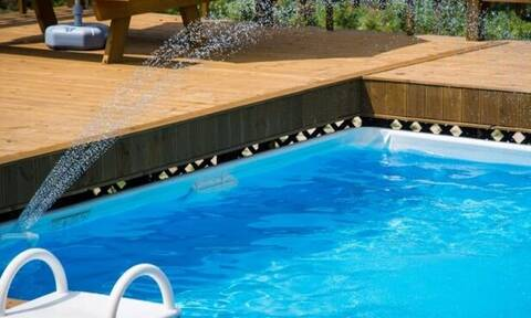 Πισίνα ξενοδοχείο