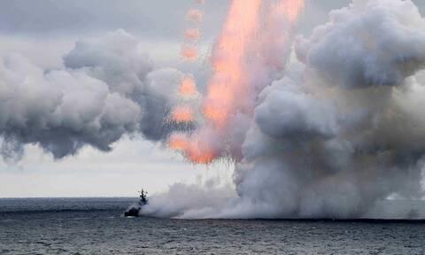 Ένταση στη Μαύρη Θάλασσα: Ρωσικές ασκήσεις με πραγματικά πυρά παράλληλα με την άσκηση Ουκρανίας-ΝΑΤΟ