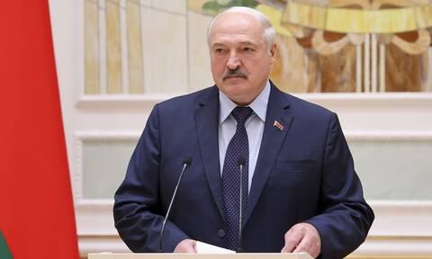 Ο Λουκασένκο κλείνει τα σύνορα Ουκρανίας- Λευκορωσίας: Καταγγέλλει αφίξεις όπλων