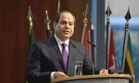Αίγυπτος: Ο πρόεδρος Σίσι εγκαινίασε μια ναυτική βάση κοντά στα σύνορα με την Λιβύη
