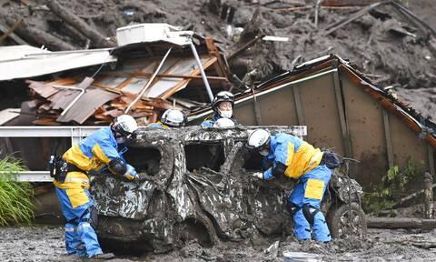 Ιαπωνία: Μάχη με το χρόνο για τον εντοπισμό επιζώντων μετά τις φονικές κατολισθήσεις