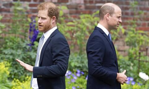 Xάρι-Ουίλιαμ: Νέα σενάρια για το ρήγμα μεταξύ τους- Πώς ξεκίνησε η «πριγκιπική κόντρα» στο Μπάκιγχαμ