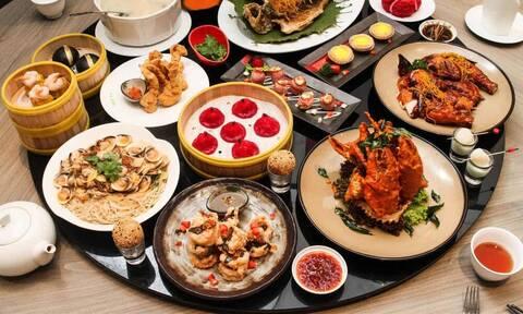 Τους βγήκε... ξινό το κινέζικο - Δεν θα πιστεύετε τι βρήκαν στο φαγητό τους