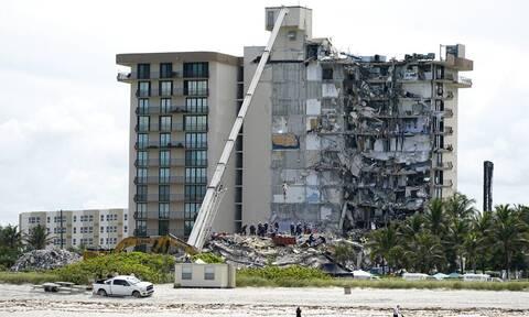 Κατάρρευση πολυκατοικίας στη Φλόριντα: Στους οι 28 νεκροί - Μόνο με θαύμα θα βρεθούν επιζώντες