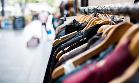 Καλοκαιρινές εκπτώσεις 2021: Πόσο θα διαρκέσουν - Ποια Κυριακή θα είναι ανοιχτά τα καταστήματα