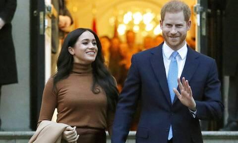 Mέγκαν-Χάρι: Πόσο πλούσιο είναι το «έκπτωτο» πριγκιπικό ζεύγος που έφερε τα πάνω-κάτω στο Μπάκιγχαμ;