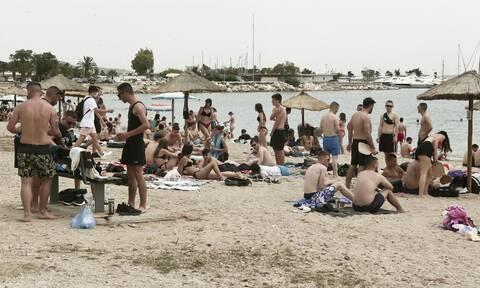 Κορονοϊός: Το «καμπανάκι» Χαρδαλιά για τα Νότια Προάστια – Στο 8,4% η θετικότητα στη Γλυφάδα