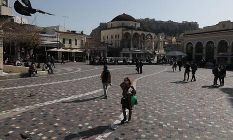 Κορονοϊός: Εξαπλώνεται ξανά! Σενάρια για απαγόρευση κυκλοφορίας και μουσικής κατά τόπους