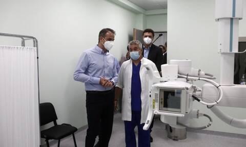 Στο Κέντρο Υγείας Κερατσινίου ο Μητσοτάκης: Είμαστε δίπλα στους πολίτες με έργα ουσίας