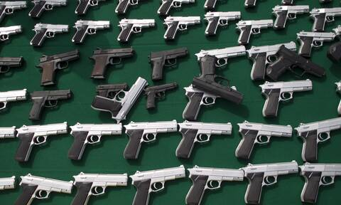 Νέα Υόρκη: Ανακοινώνει έκτακτα μέτρα για τον περιορισμό της χρήσης πυροβόλων όπλων
