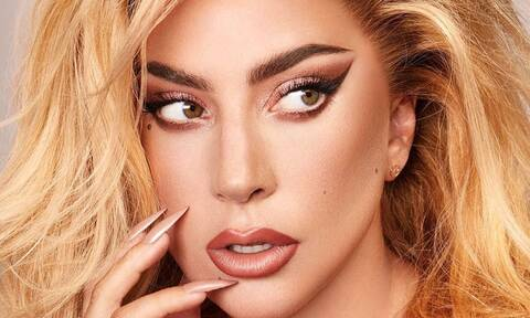 Lady Gaga: Δείχνει το πρόσωπό της χωρίς μακιγιάζ και δεν αναγνωρίζεται (photos)